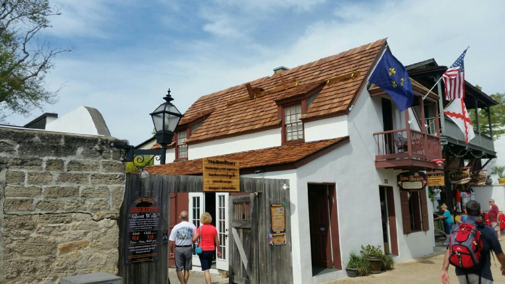 A to Z Roofing, a-z roofing, st. augustine roofer, cedar shake